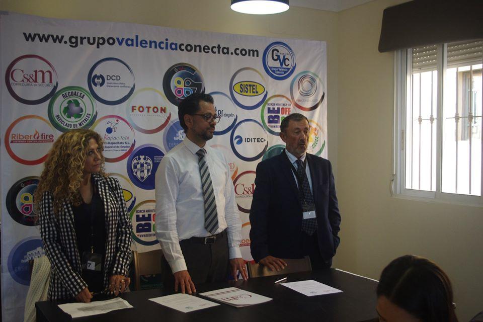 correduría de seguros Cs&M y José Bermell responsable de GRUPO VALENCIA CONECTA firman un acuerdo